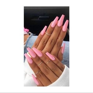✨Pink Coffin Shaped Press on Nails✨